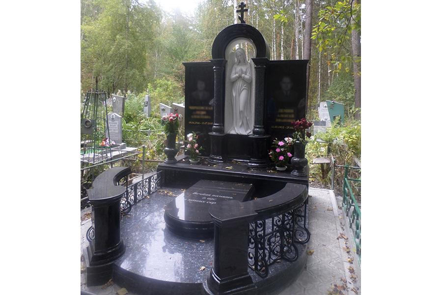 Эконом памятник Арка с резным профилем Печора памятник подешевле Нолинск