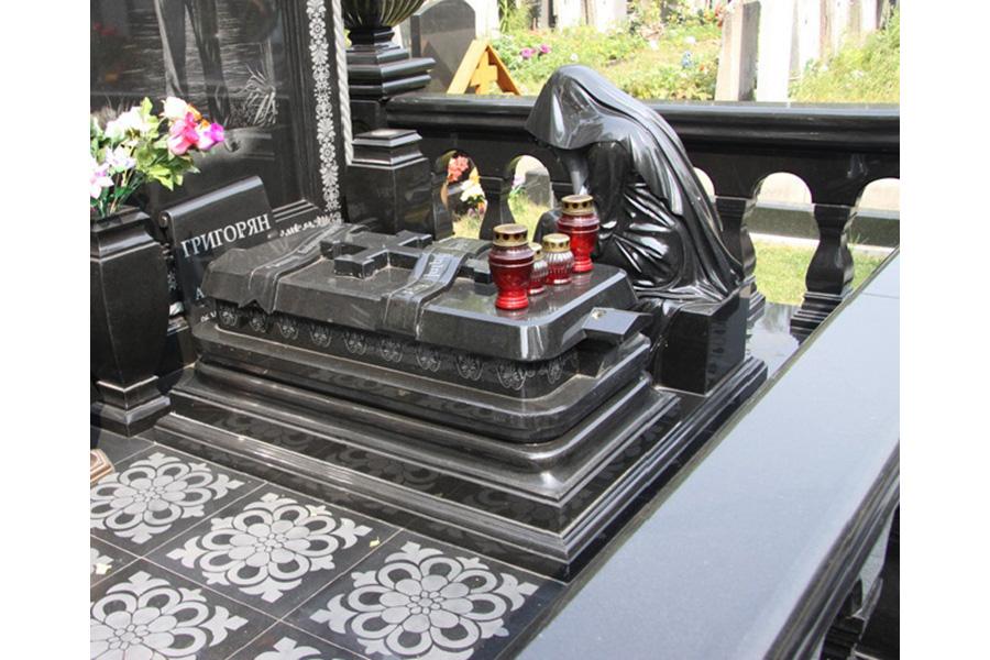 Эконом памятник Арка с резным профилем Ялуторовск надгробие филиппа пота