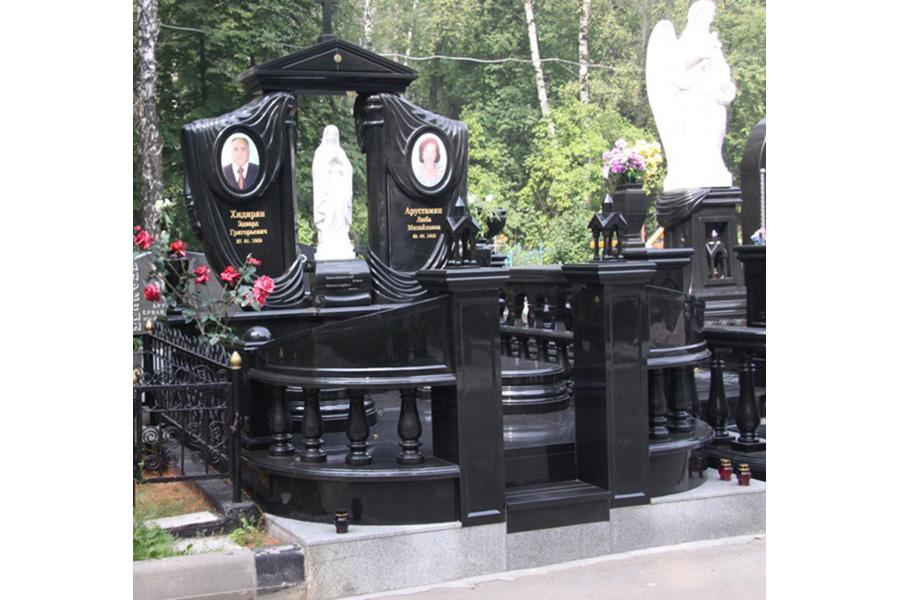 Эконом памятник Волна в камне Тобольск Эконом памятник Плечики Надым