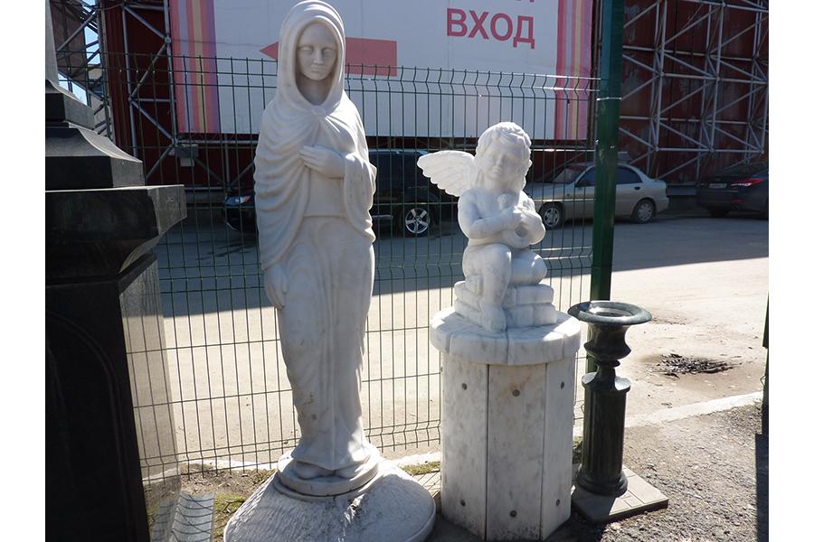 Подбор памятников Катав-Ивановск Мемориальный одиночный комплекс из двух видов гранитов Протвино